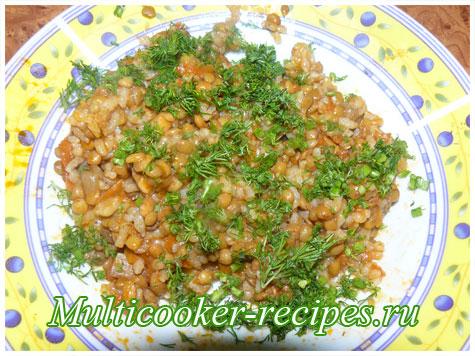 Чечевица с рисом и грибами в мультиварке