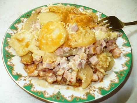 Картошка в мультиварке с кабачками и ветчиной