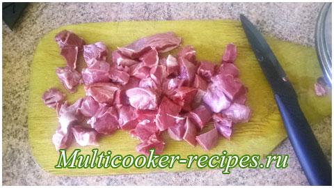 Свиное сердце тушеное в мультиварке с овощами и грибами